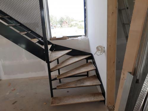 Zawijane schody metalowe Ełk